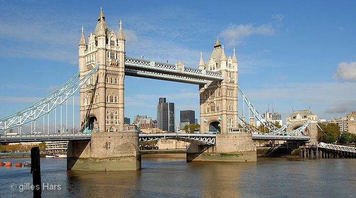 Londres, le Tower Bridge.