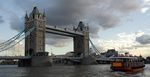 Londres, orage sur le Tower Bridge.