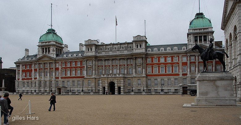 002 horse guards westminster.jpg